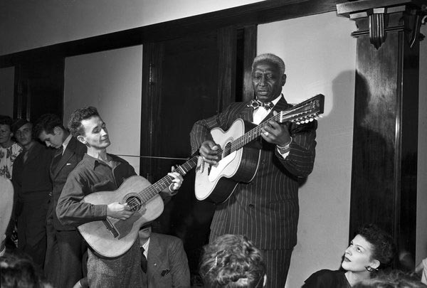 Woody Guthrie en Leadbelly